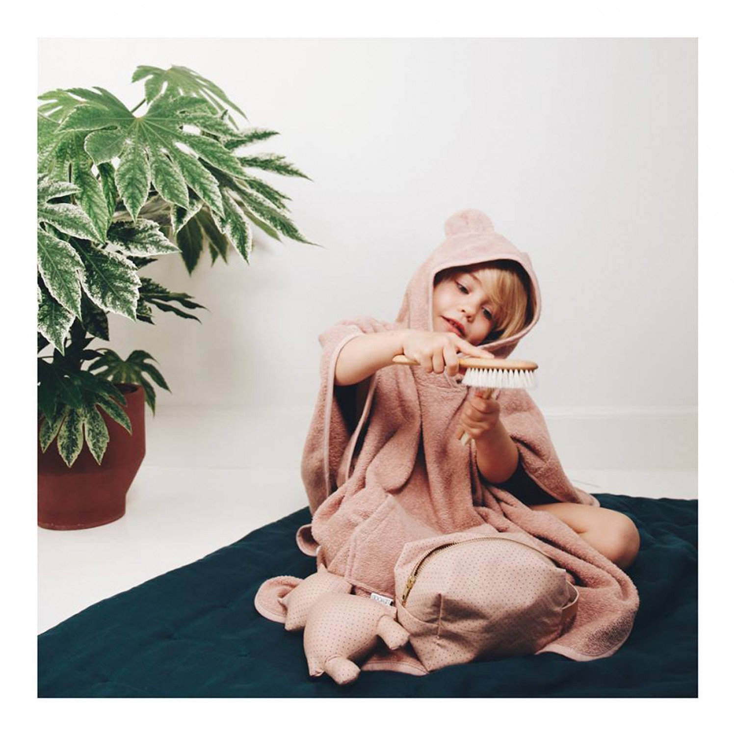 Orla Poncho | Rabbit Rose