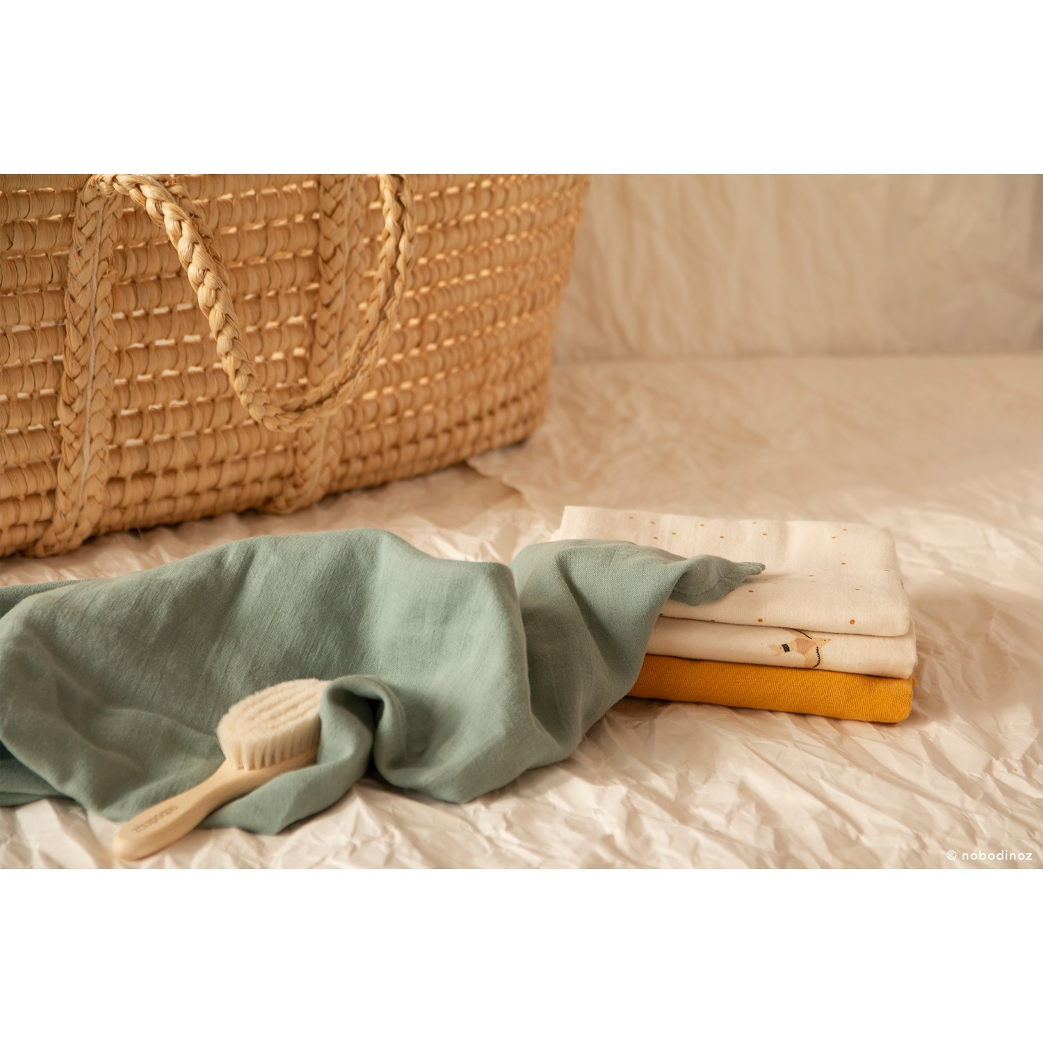 Baby Love swaddle | Eden Green